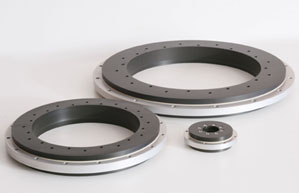 Sliding slewing ring bearings