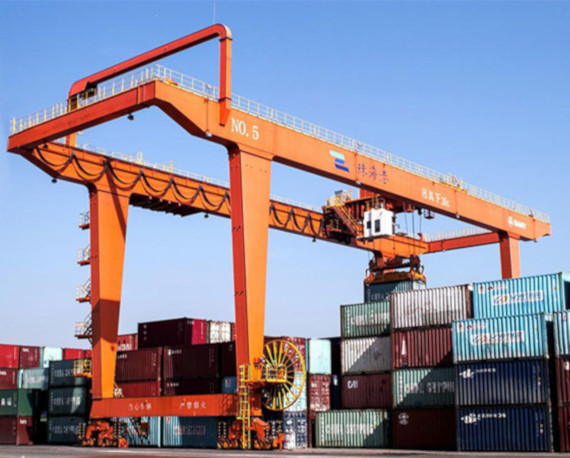 Energy chain cable carriers improve crane performance and